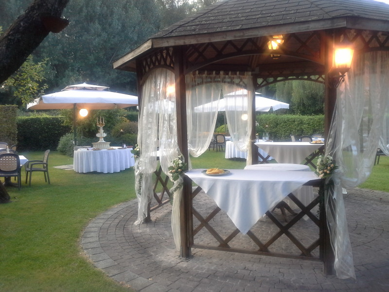 Buffet Gazebo